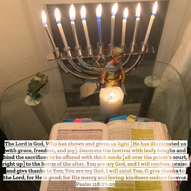 Chanukah-Lights-Day8